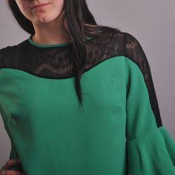 Bluzka z zieloną falą.  Model 0869